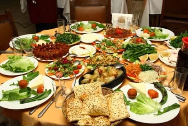 cocuk_oyun_alanli_restoran_adana_dostlar_kebap