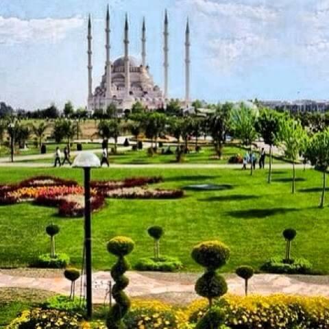 Adanada_gezilecek_yerler_sabanci_cami