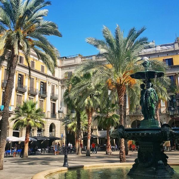 Barcelonada-gezilecek-yerler-gezenti-anne-01