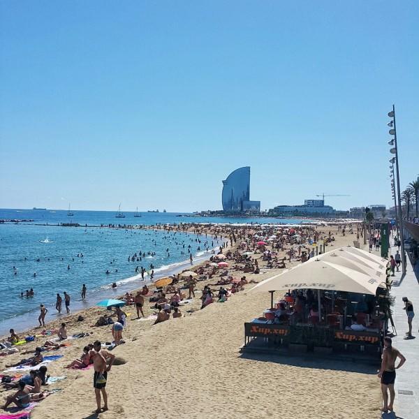 Barcelonada-gezilecek-yerler-gezenti-anne-07