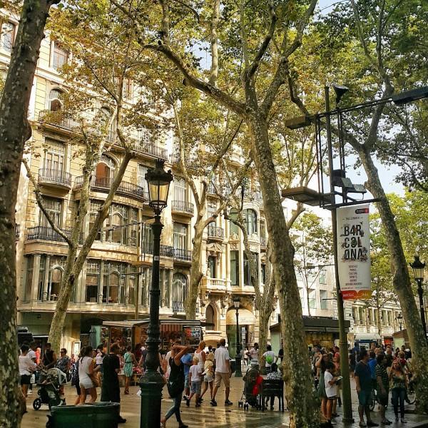 Barcelonada-gezilecek-yerler-gezenti-anne-10