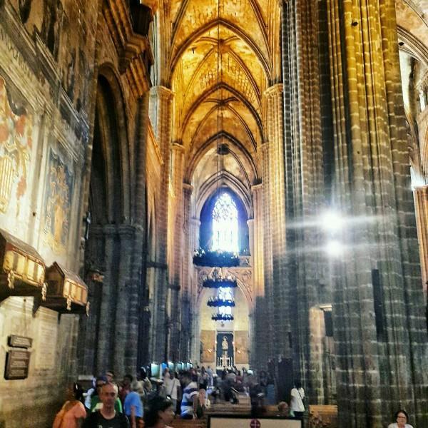 Barcelonada-gezilecek-yerler-gezenti-anne-11