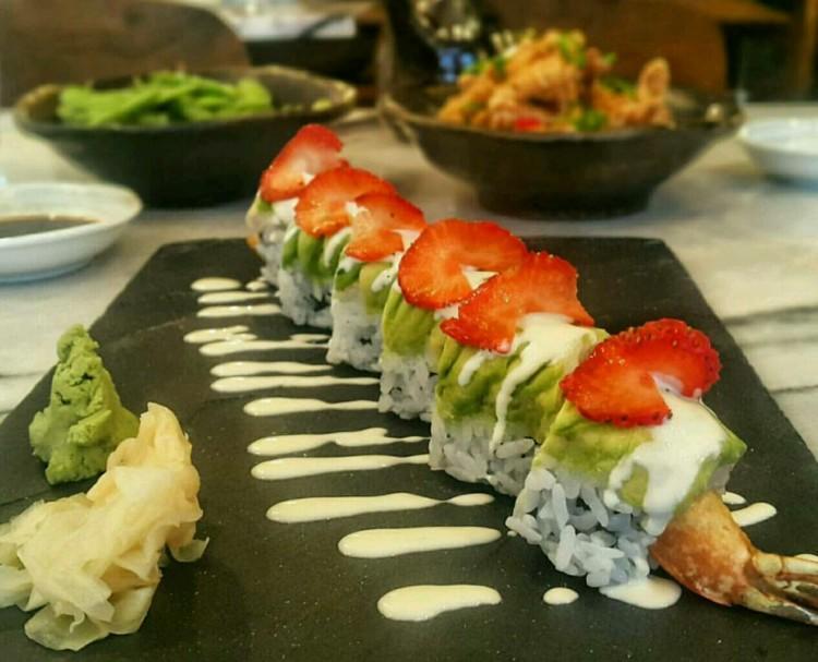 Sakura-sushi-gezenti-anne-01