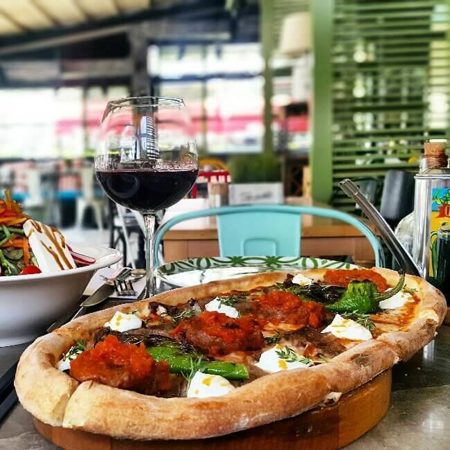 bagdat-caddesi-pizza-gezenti-anne-02