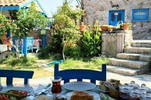 Assos'ta Alternatif Bir Butik Otel, Alterna Köy Evi