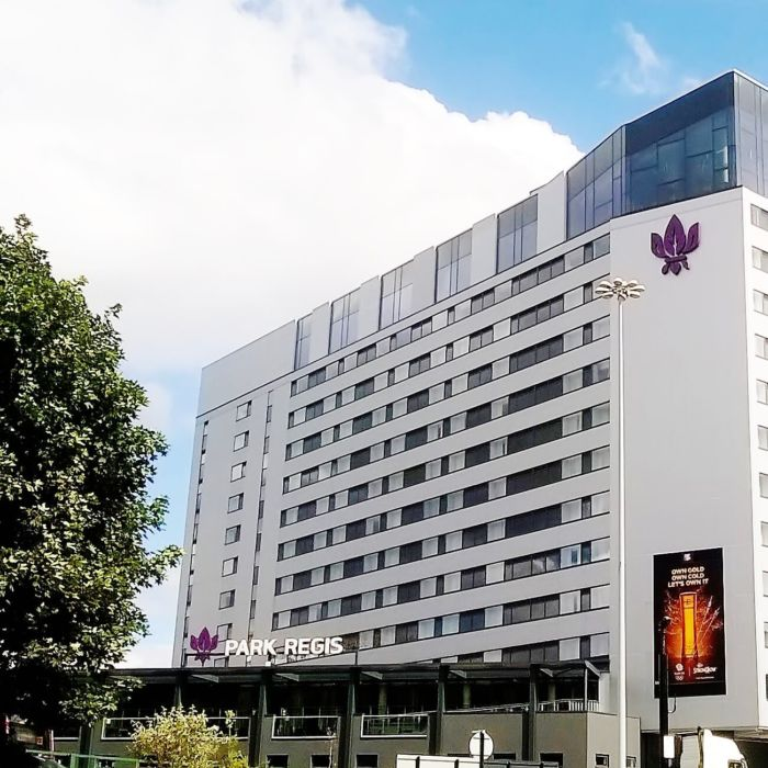 Birmingham city centre hotel recommendation park regis for Hotel recommendation
