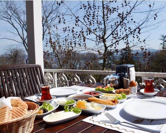 Emirgan Kahvaltı Mekanları ve Fiyatları | Gezenti Anne