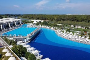 Antalya Belek Tatil Köyü Tavsiyesi, TITANIC DELUXE BELEK