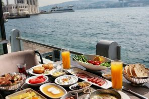 WHERE TO HAVE A LUXURIOUS BREAKFAST BY THE BOSPHORUS, ISTANBUL