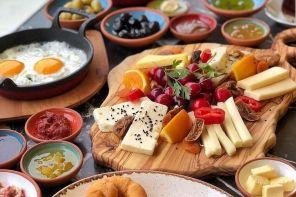 Ataşehir Watergarden'da Kahvaltı Nerede Yapılır? The Hunger