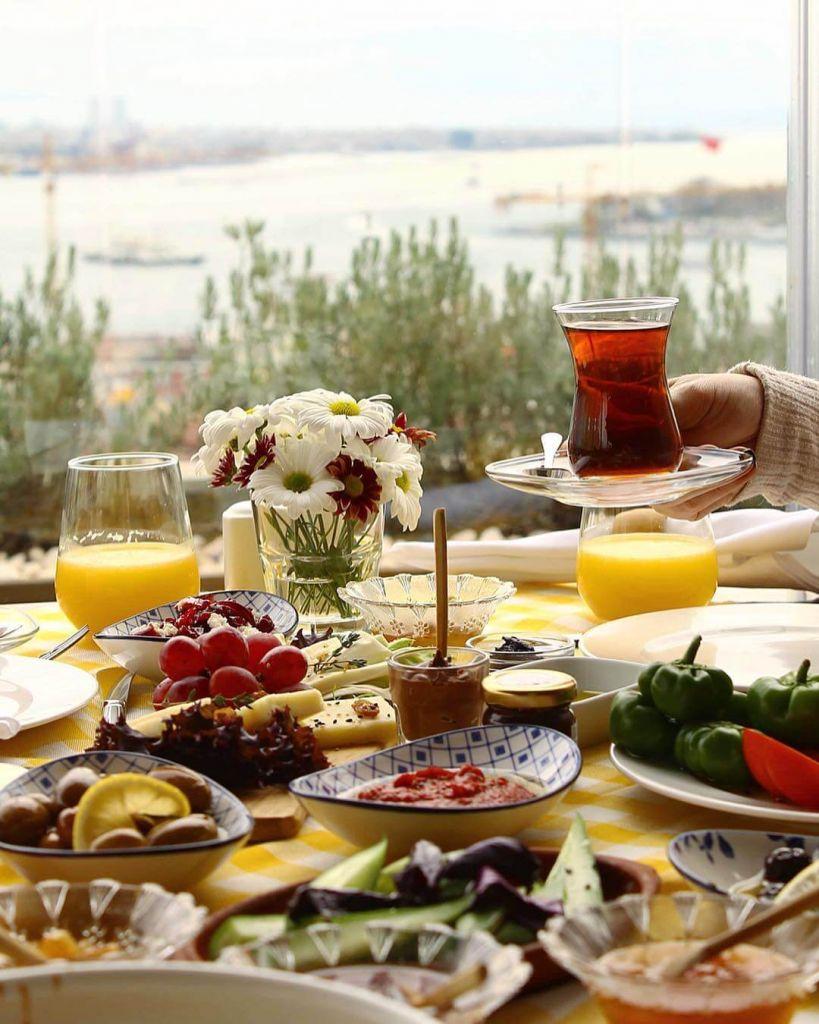 Galata'da Bozcaada Kahvaltısı, Galatada 24